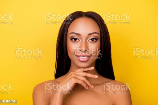 Women beauty and health wellness make up pampering concept picture id929981184?b=1&k=6&m=929981184&s=612x612&h=0mlkyhabwe49y59xeyqypojauhdhoyggkktqwf0geyo=