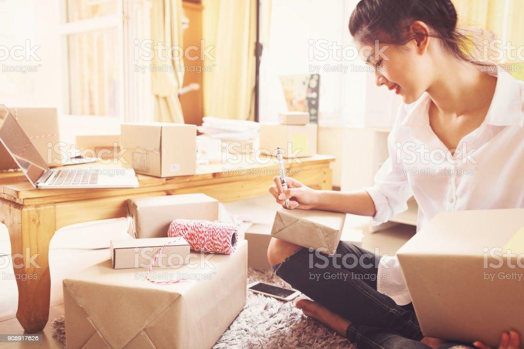 Frauen Unternehmer Erfolg Geschäfte zu Hause. – Foto