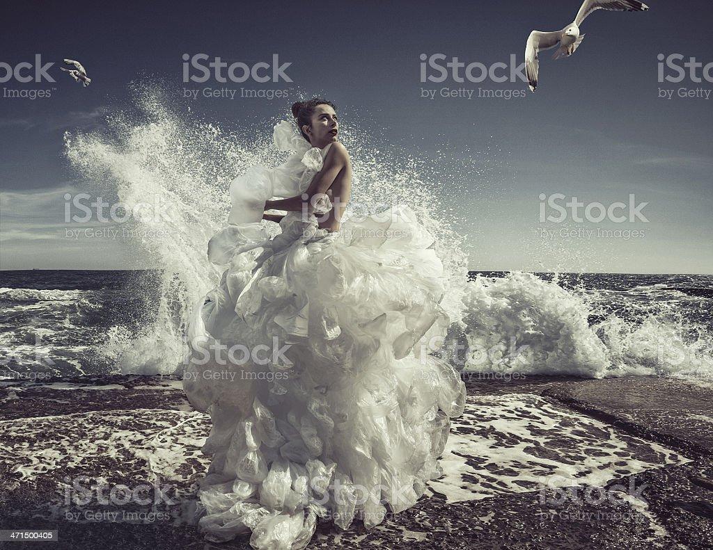 女性プラスチック製バッグドレス ストックフォト