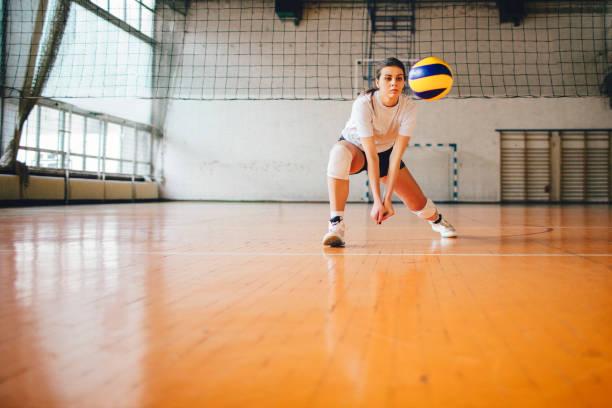 女性スポーツ - バレーボール - バレーボール ストックフォトと画像