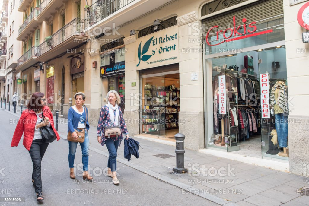 Women shopping in the Gothic Quarter, Barcelona stock photo