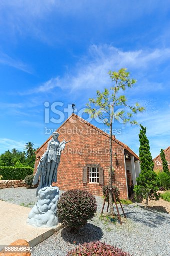 istock Women statue at the Swiss Sheep Farm Where is the biggest sheep farm and fun park style in Pattaya 666856640