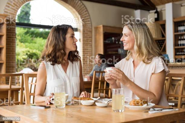 Women talking over coffee picture id658600720?b=1&k=6&m=658600720&s=612x612&h=xvgop mu4 7nycnijxnmaueuq4rl x 71sdgtop0vz0=