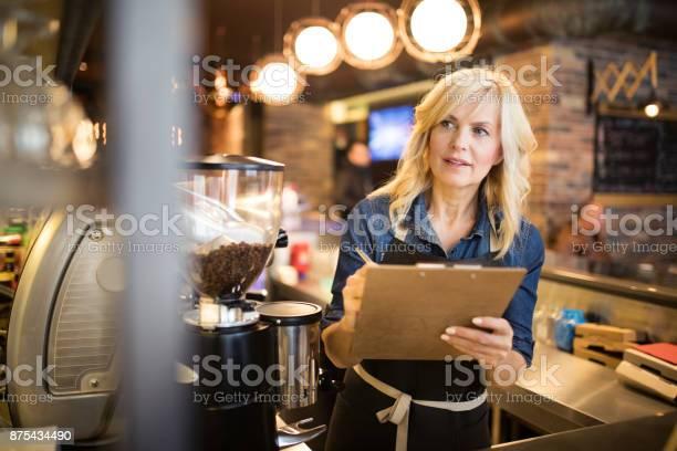 Women working at coffee shop picture id875434490?b=1&k=6&m=875434490&s=612x612&h=e6g7lhumvnnzmpaeoidqjqvfh zsgvz799bq349z84e=