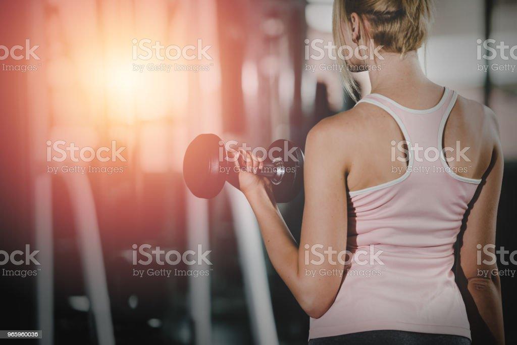 Vrouwen, fitnessruimte met gezonde levensstijl woonconcept. - Royalty-free Aanraken Stockfoto