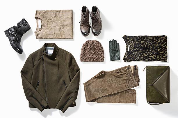 mujer de ropa - moda de otoño fotografías e imágenes de stock