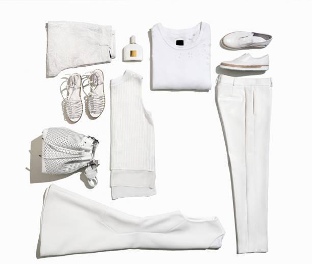 ropa de mujer y accesorios personales aisladas sobre fondo blanco - moda playera fotografías e imágenes de stock