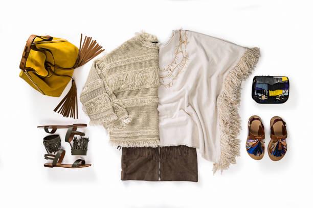 Damenbekleidung und Accessoires – Foto