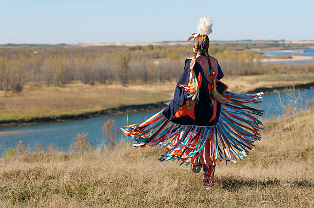 women's fancy shawl dance movement - canada stockfoto's en -beelden