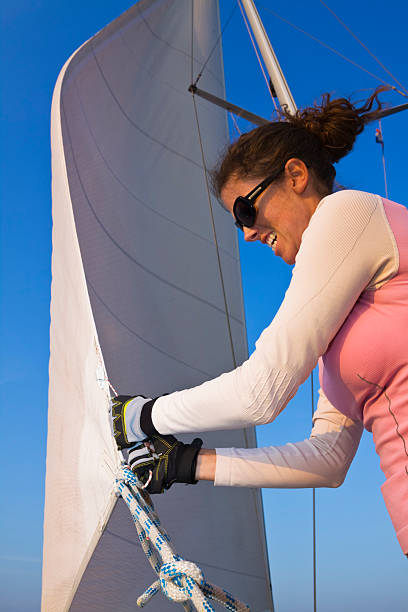 persistance für damen - segelhandschuhe stock-fotos und bilder