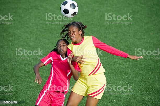 Womens soccer picture id186854479?b=1&k=6&m=186854479&s=612x612&h=lrd79te 0sg0fgfd4 ldgz1aa0uvu sme4lz 43fxma=