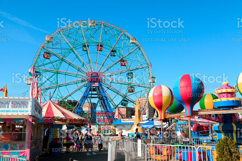 Wonder Wheel stock photo