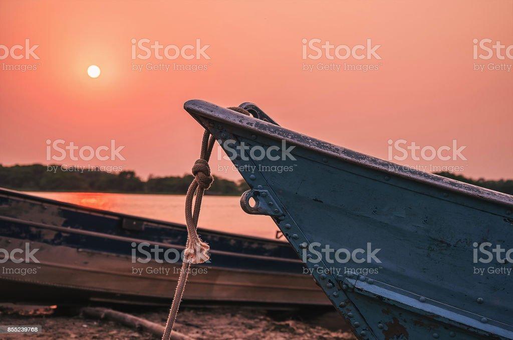 Maravilhosa paisagem de velhos barcos ancorados no Pantanal, Brasil - foto de acervo