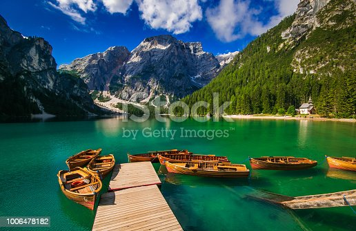 istock Wonderful view of Braies lake with its fantastic colors in the heart of italian dolomites 1006478182