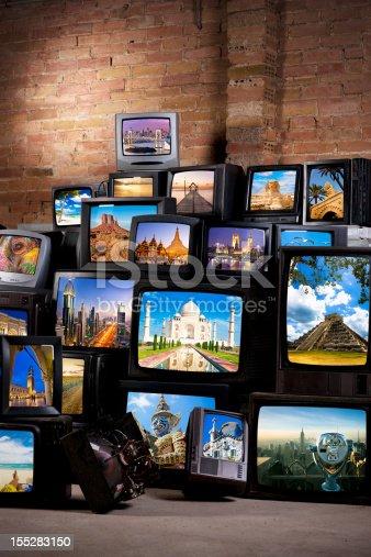 istock Wonders of the world 155283150