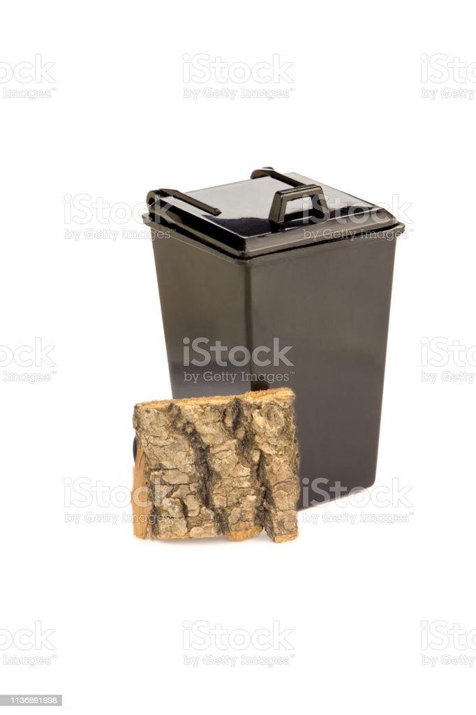 Madera En Cesta Negro Una Juguete Reciclaje De Corteza Basura DEY9WH2I