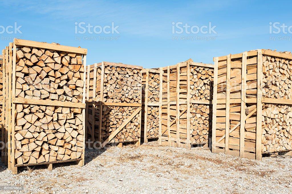Wood complex for sale at the depot. photo libre de droits