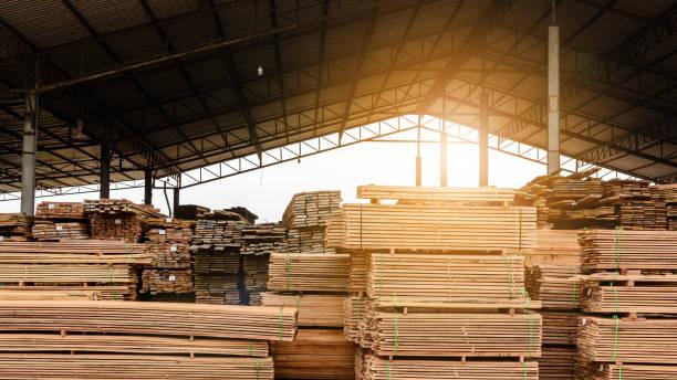 Stock d'usine bois et bois Conseil - Photo
