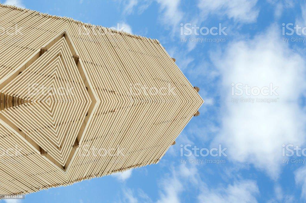 Hout sier patroon tegen blauwe hemel royalty free stockfoto