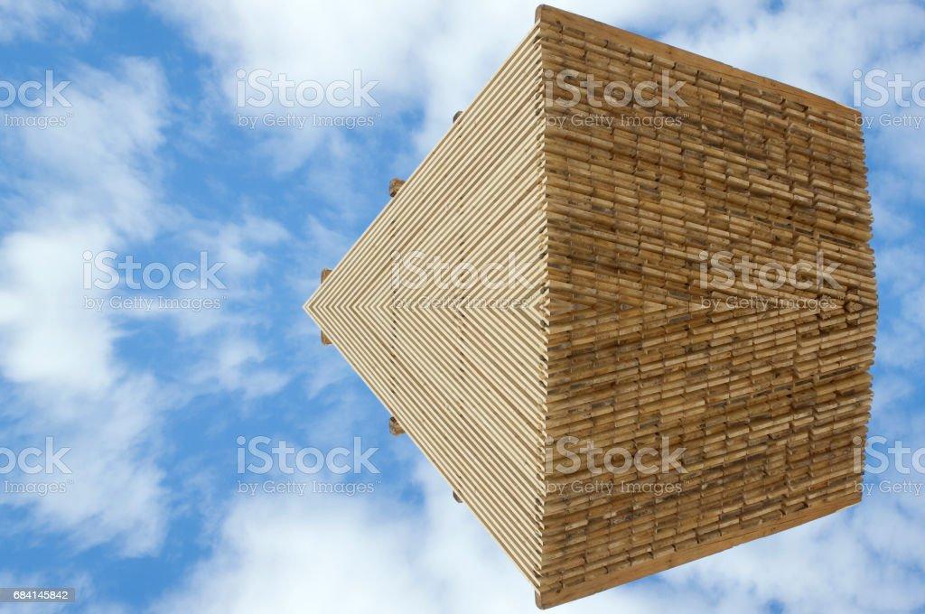 Wood ornamental pattern against blue sky foto stock royalty-free
