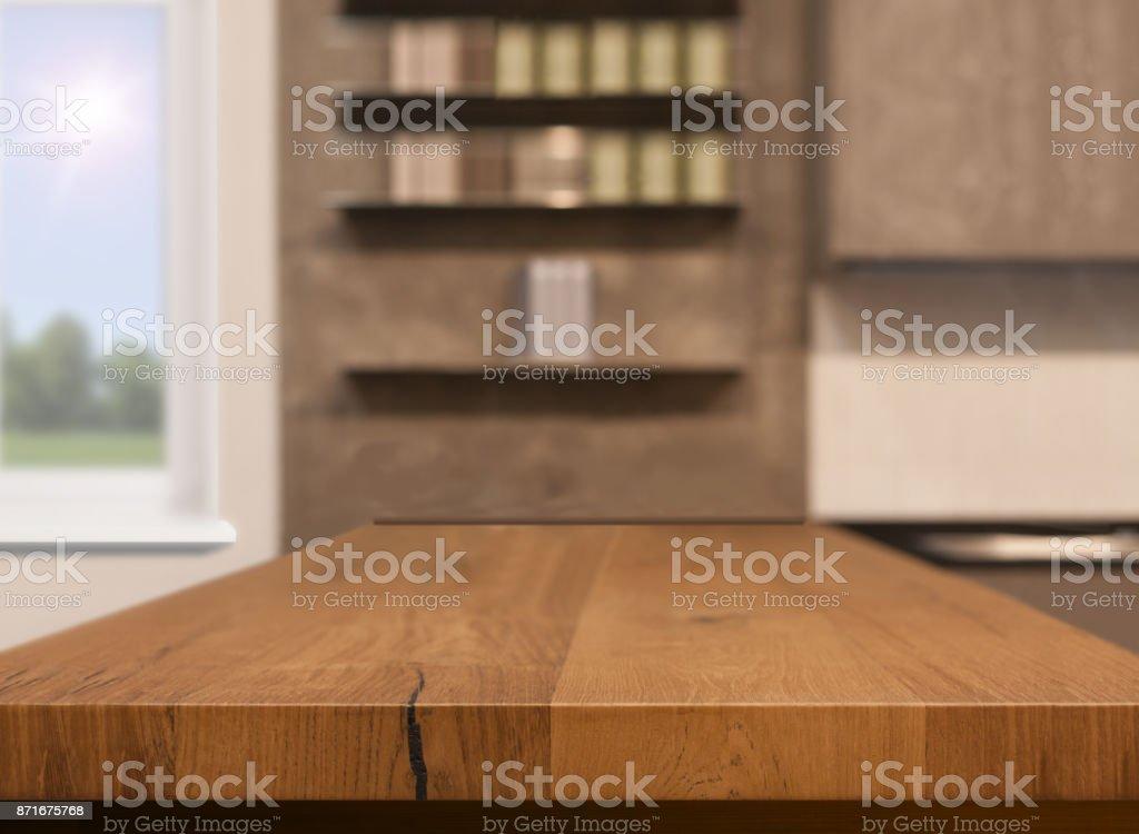 Houten Bureau Gebruikt.Houten Tafelblad Als Keukeneiland Op Keuken Achtergrond Wazig Kan