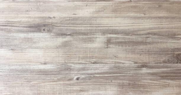 나무 질감 배경, 가벼운 오크의 어두운된 광택 페인트 woodgrain 텍스처를 보여주는 고민된 소박한 나무를 풍 화. 나무 판자 패턴 테이블 상단 보기. - 목재 재료 뉴스 사진 이미지