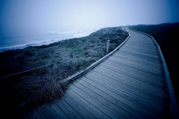 widewalk bois avec une forme de