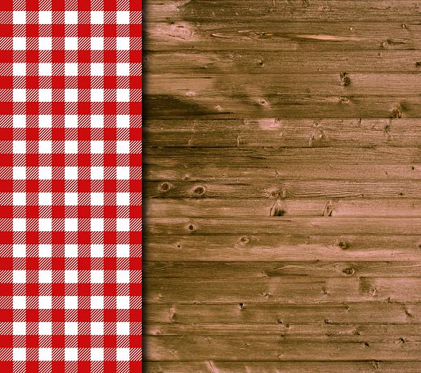 hölzerne hintergrund weiß-rotem tischtuch - bayerische brotzeit stock-fotos und bilder