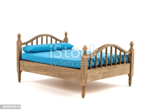 wooden bed - small model