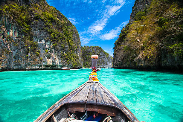 Hölzernen Boot auf Phi-Phi island, Thailand. – Foto