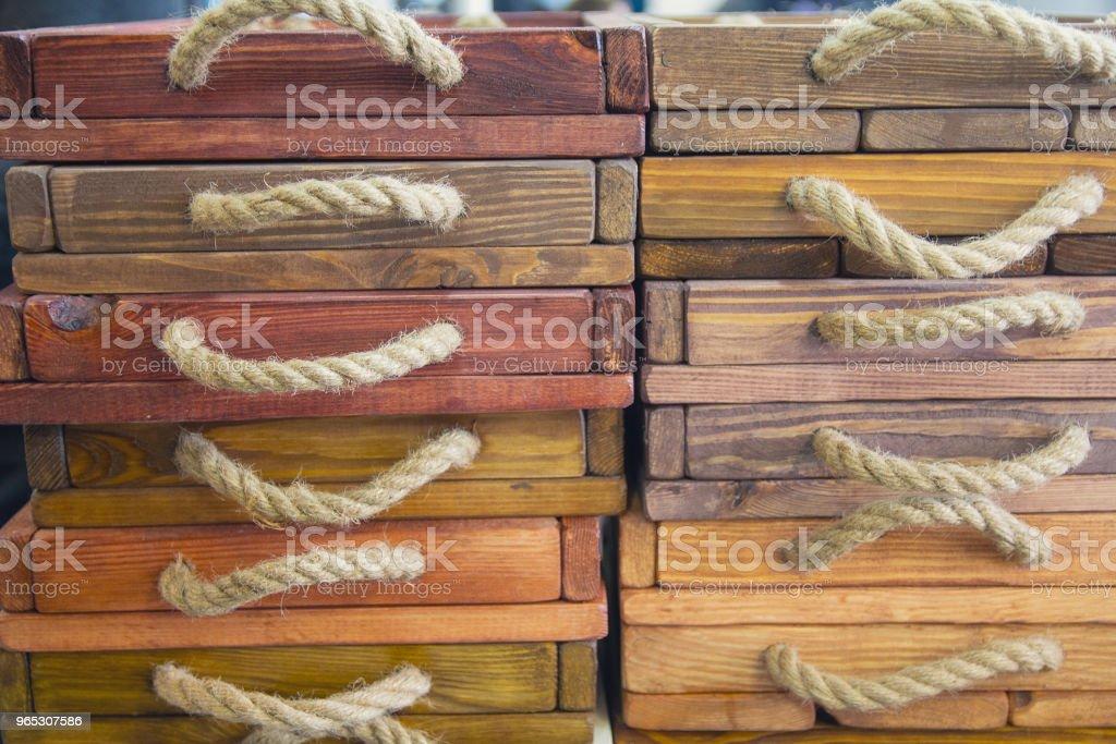 Boîtes en bois d'une affaire de vintage. Meubles - Photo de Ameublement libre de droits