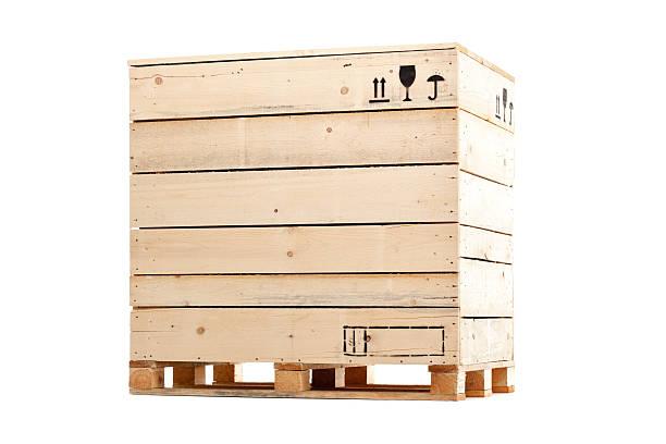hölzerne cargo-box - holzkiste stock-fotos und bilder