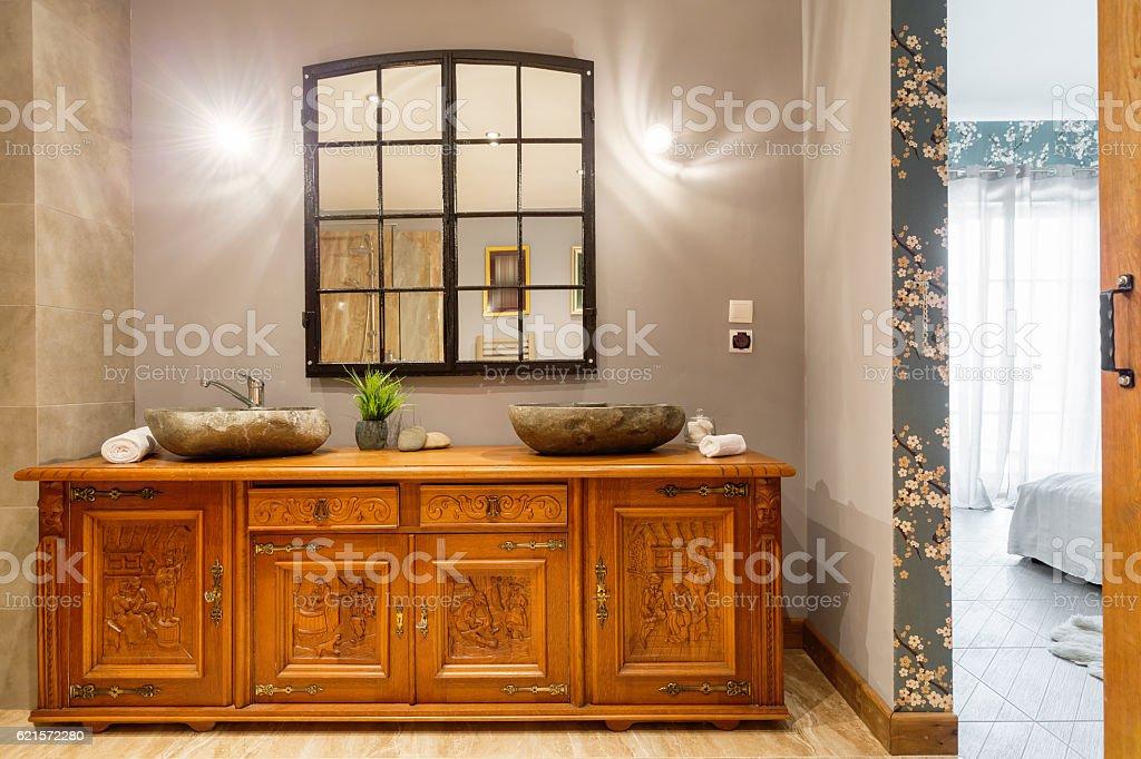 Wooden carved commode photo libre de droits