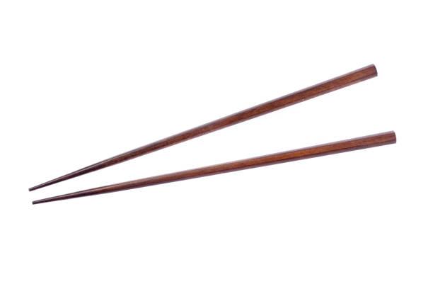 Palitos de madeira no fundo branco. - foto de acervo
