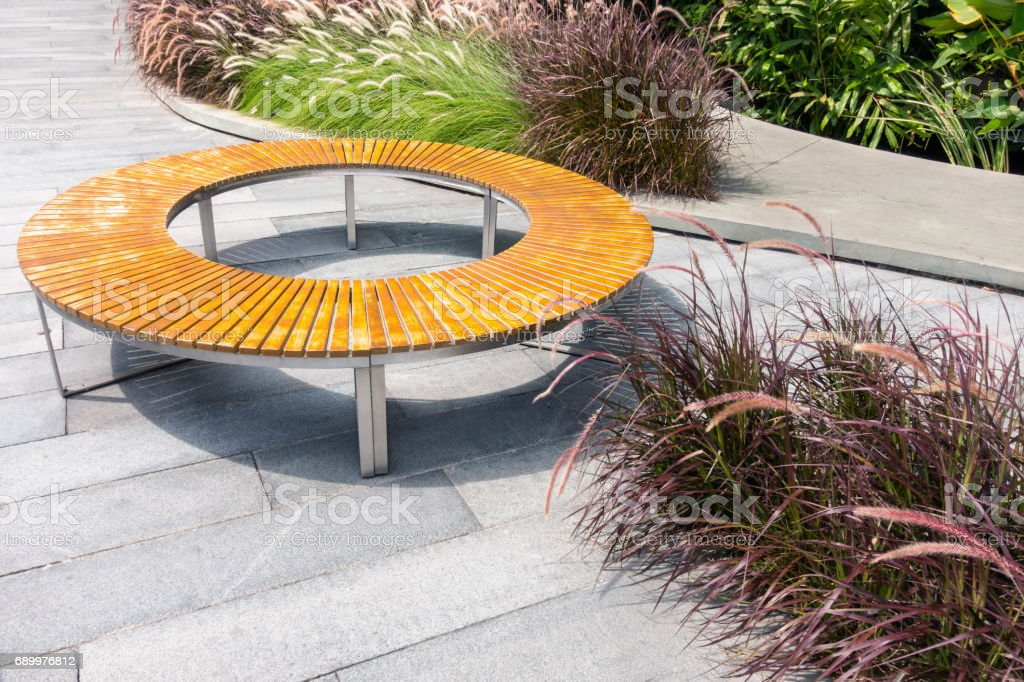 Amazing Wooden Circle Bench At Outdoor Park Modern Wooden Bench Cjindustries Chair Design For Home Cjindustriesco