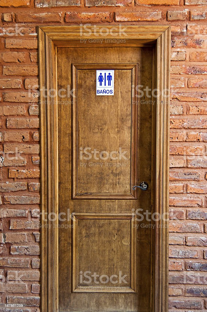 photo libre de droit de encadrement de porte en bois et en. Black Bedroom Furniture Sets. Home Design Ideas