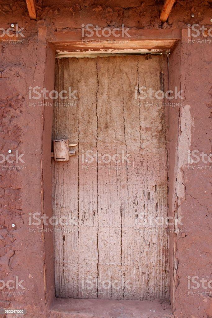 wooden door in mud house foto de stock royalty-free