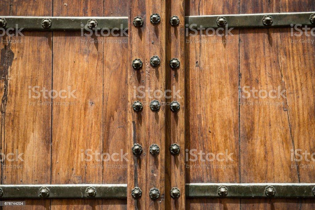 Ahşap kapılar Ortaçağ tasarım, ahşap kapı arka plan kavramı royalty-free stock photo