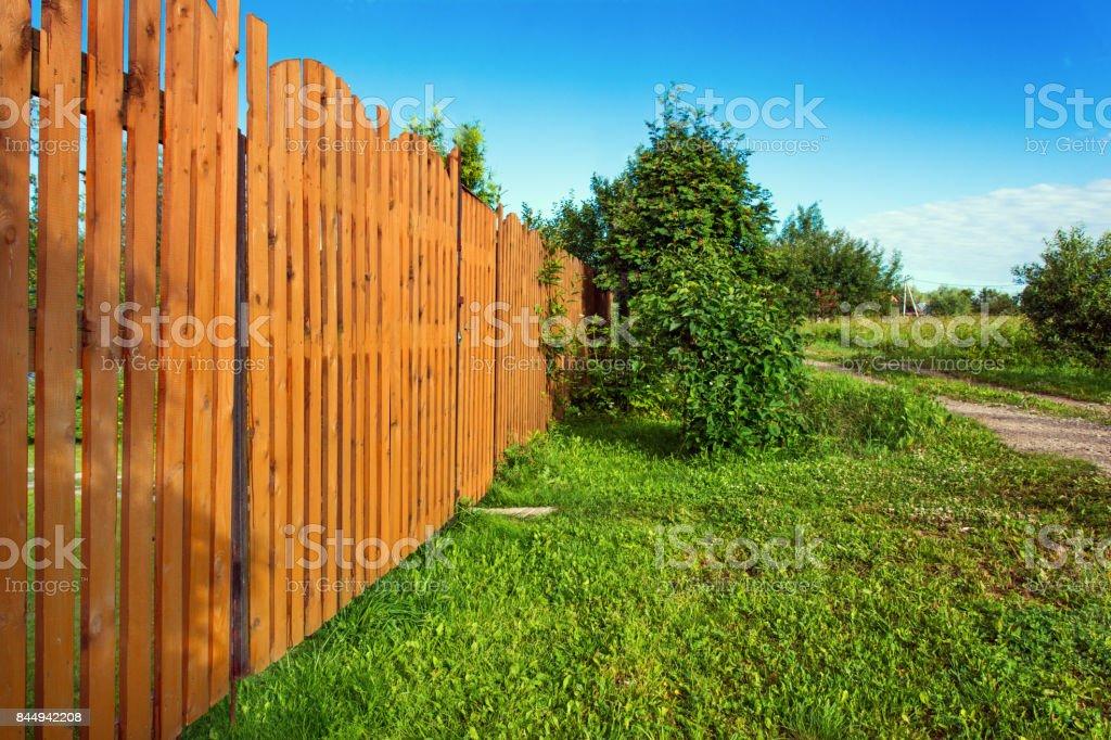 Holzzaun in einem Landhaus – Foto