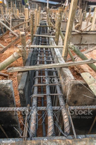 Drewniany Deskoton Betonowy Belki - zdjęcia stockowe i więcej obrazów Betonowy