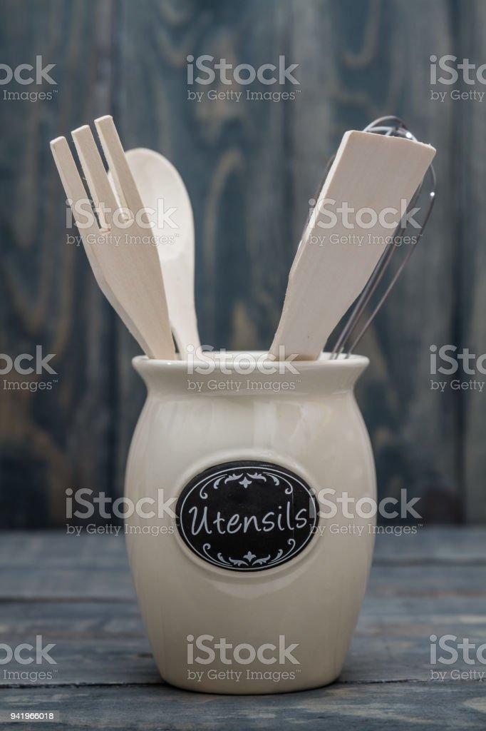 Utensilios De Cocina De Madera Como Cuchara Espatula Y Tenedor Foto
