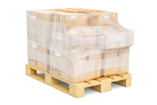 wooden pallet with parcels wrapped in the stretch film, 3d rendering isolated on white background - pallet foto e immagini stock