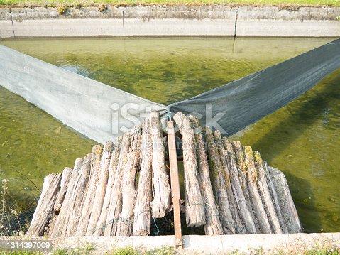 istock wooden ramp 1314397009