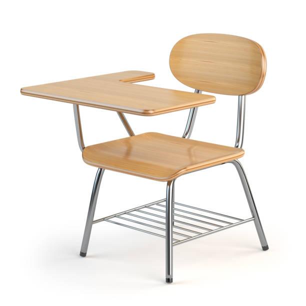 hölzerne school schreibtisch und stuhl, isoliert auf weiß. - kindergarten workshop stock-fotos und bilder