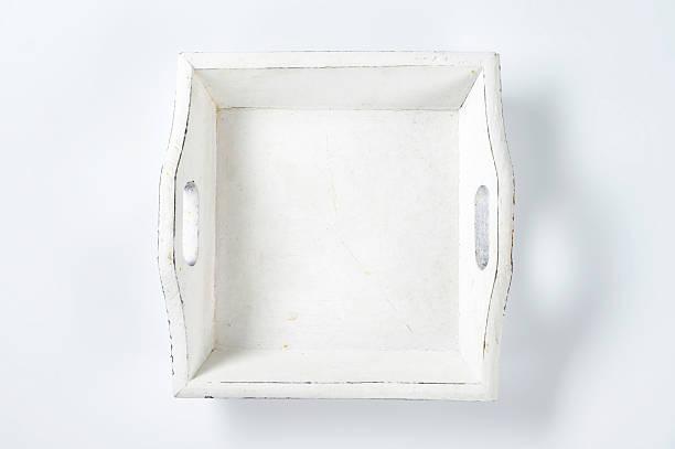 hölzernen tablett - tablett holz stock-fotos und bilder