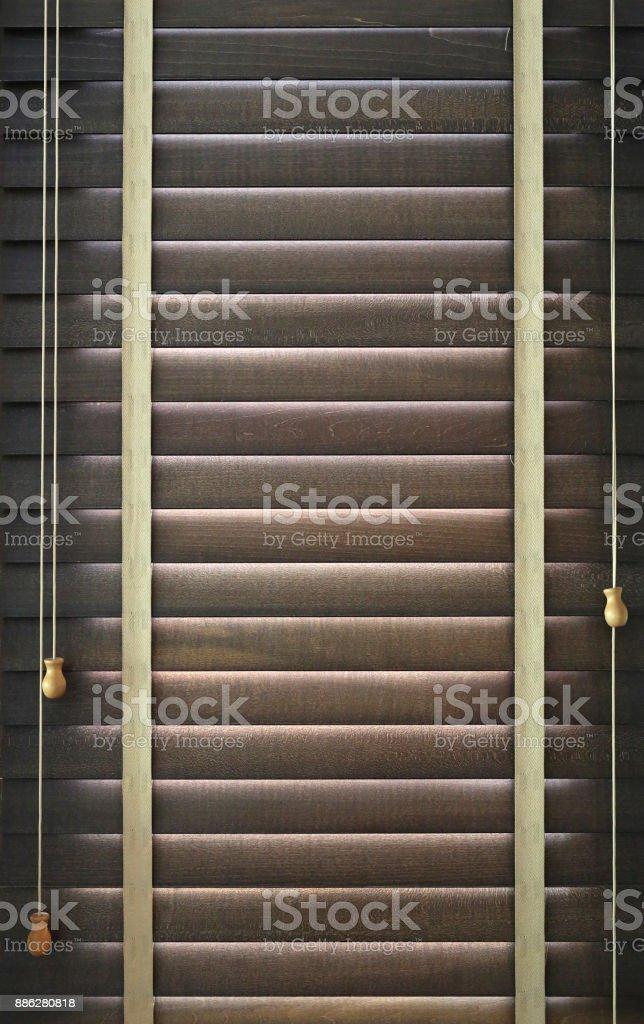 Fensterladen Aus Holz Auf Dem Fenster Fenster Mit Jalousien