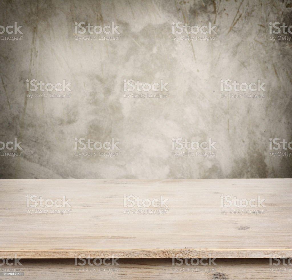 Holztisch Auf Defocuced Vintage Wand Hintergrund Stock