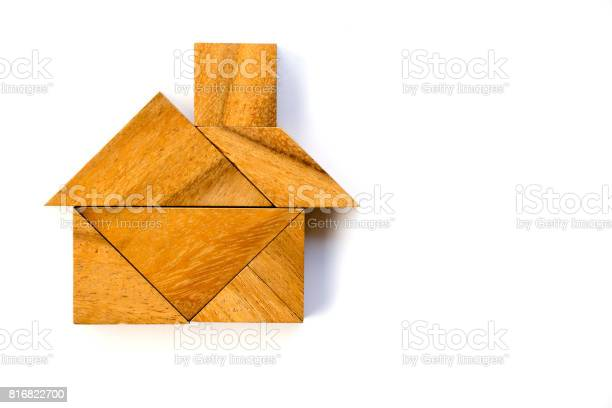 Wooden tangram puzzle in home shape on white background picture id816822700?b=1&k=6&m=816822700&s=612x612&h=0z5nyb3ycrotnyall0zclv3 3atcur2oqbclpmadnem=