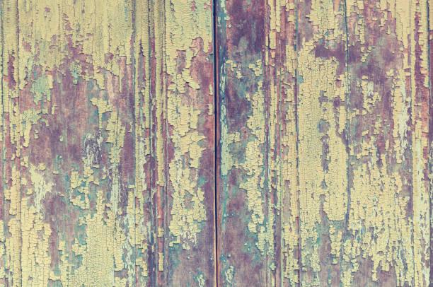 hölzerne beschaffenheit von türen und platten - paletten kopfbrett stock-fotos und bilder