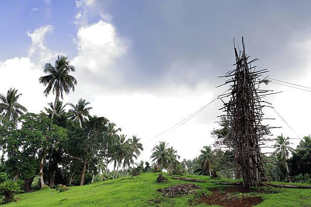 Wooden tower for nanggol-land diving jumping. Panngi village-Pentecost island-Vanuatu. 6263 – Foto